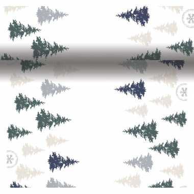 Feestartikelen kerst witte/groene tafelkleden/tafellopers/placemats met kerstboompjes print 40 x 480 cm