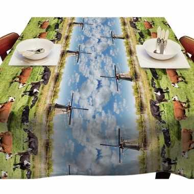 Holland landschap met koeien en molens tafellaken voor buiten 140 x 250 cm pvc/kunststof