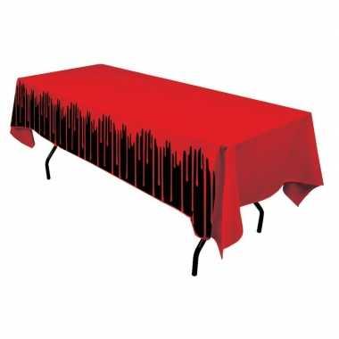 Tafelkleed met bloed 137 x 274 cm